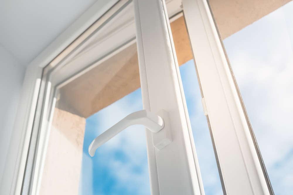 El mejor material para las ventanas en la empresa es el PVC